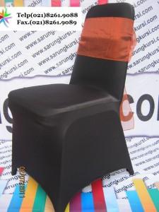 Sarung-kursi warna hitam